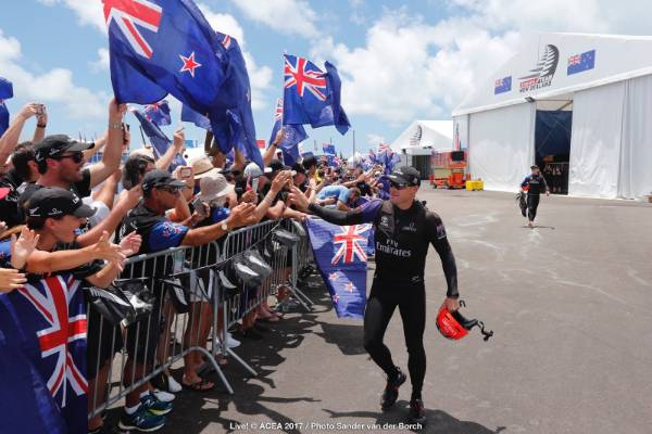 New Zealand pride on show in Bermuda ahead of race nine in the America's Cup final.