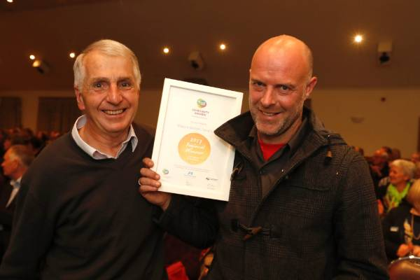 David Mitchell, left and Simon Clearwater of Mapua School, Tane's Ark at the Trustpower Nelson Tasman Community Awards.