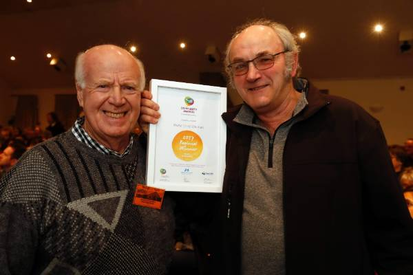George Inglis, left and Alan Kissell of Menzshed Waimea at the Trustpower Nelson Tasman Community Awards.