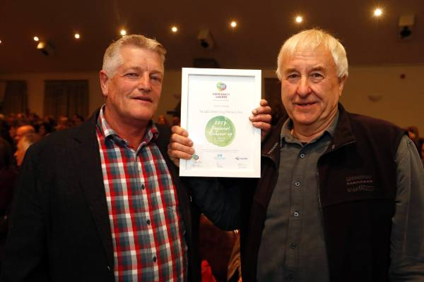 Alan Gibbs, left, Peter Slinn of Target Shooting Nelson   at the Trustpower Nelson Tasman Community Awards.
