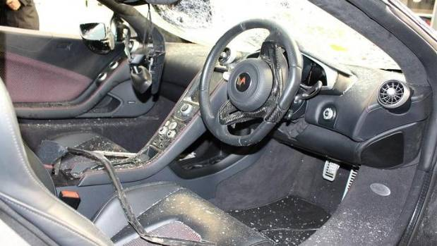 low kms a few bumps and scratches on crashed mclaren 650s. Black Bedroom Furniture Sets. Home Design Ideas