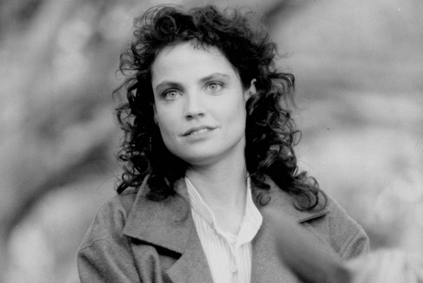 Discussion on this topic: Julie Warner, sigrid-thornton/