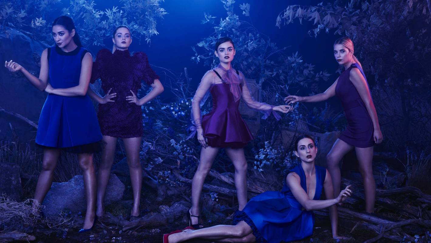 pretty little liars essay I have chosen to interpret, in both connotatively and denotatively ways, the opening credits to one of abc family's most acclaimed tv show, pretty little liars it premiered in the early summer of 2010.