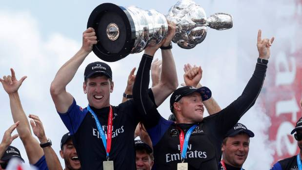 Govt gives $5 mln to Emirates Team NZ after America's Cup win