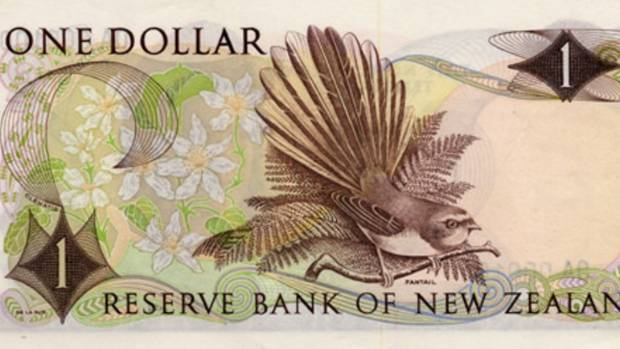 The 1967 one dollar note featured a fantail.