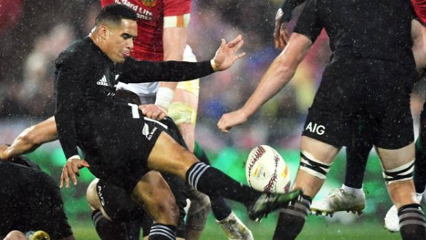 All Blacks run up record score to punish sluggish Australia