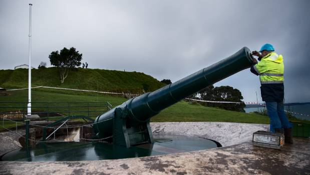 The battery gun was designed to retract into the ground after firing in attempts to conceal its location, hence its ...