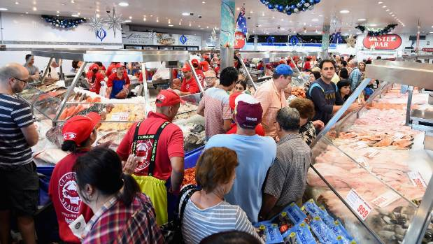Crowds gather for last minute shopping before Christmas at the Sydney Fish Market on December 24, 2015 in Sydney, Australia.