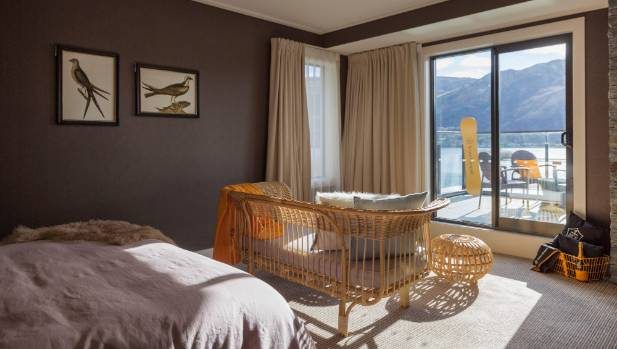 Hilton's Queenstown hotel room designed by Michelle Halford.