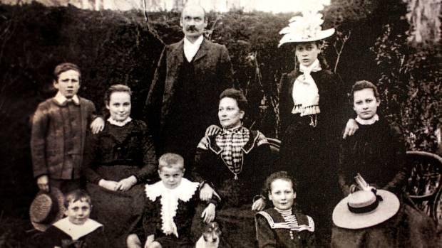 The Arthur Hill family,1899.