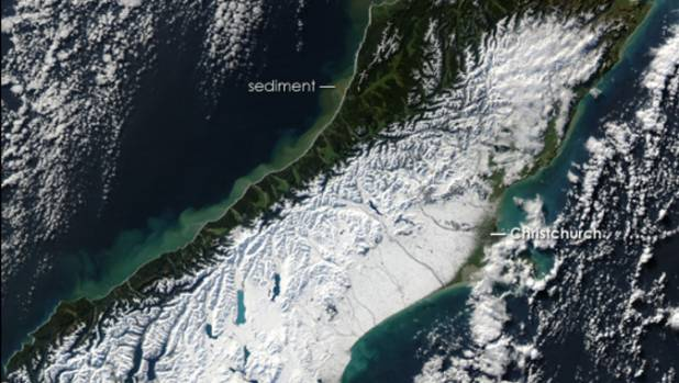 A Nasa satellite image of the snow in the South Island in 2006.
