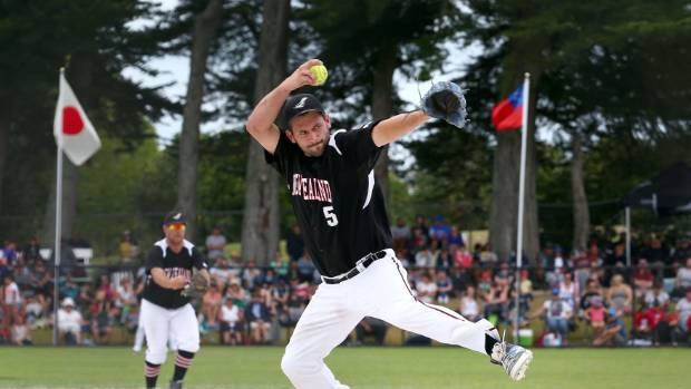 Pitcher Josh Pettett held Australia to two runs in the Black Sox's win over their arch rivals in Canada.