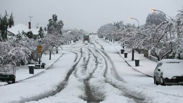 Snow down Timaru's Cain St in the damaging 2006 storms.