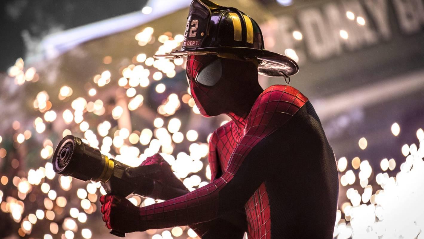 Смотреть онлайн новый человек паук высокое напряжение, Новый Человек-паук 5: Высокое напряжение 23 фотография