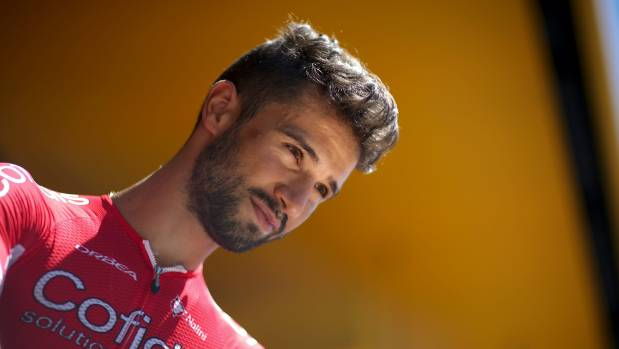 Bouhanni handed slight penalty for smacking Quick-Step rider