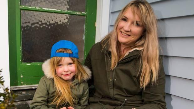 Mum Alisha Richardson believes teaspoons of honey helps daughter Ruby, 5, with her seasonal allergies.