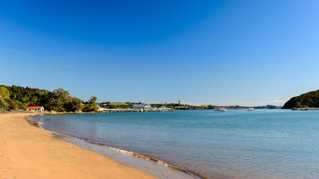 Paihia is better known for its picturesque beach than its traffic problems and a new set of smart traffic lights aims to ...