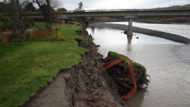Erosion continues under the State Highway 3 bridge at Ashhurst despite attempts to shift the Manawatu River channel.