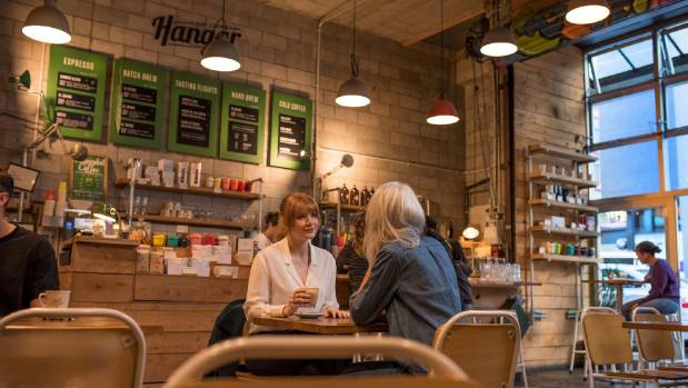 US actress Bryce Dallas Howard enjoys a coffee at the Hangar, in Dixon St, Wellington.