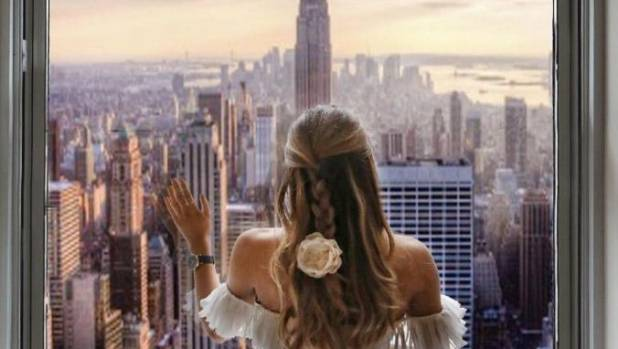 Amelia's followers were quick to spot that the Freedom Tower was missing from her image of herself in New York.