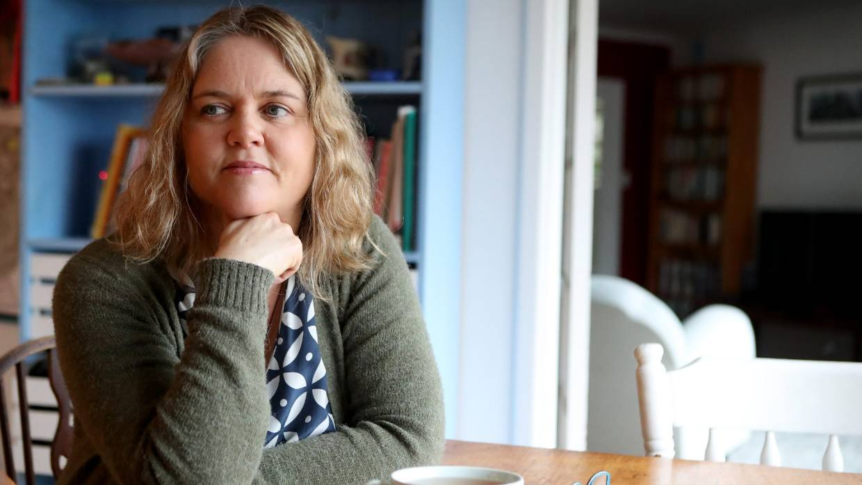 Recovering Alcoholic Lotta Dann Why I Want Booze Removed From Supermarkets Stuff Co Nz