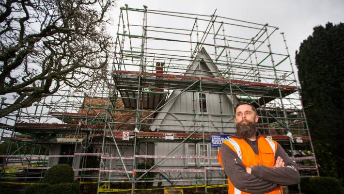 New Roof Made Up Of 20 000 Shingles For Historic New