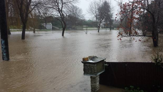 Flooding at Riverlaw Tce, St Martins in Christchurch.
