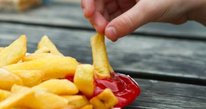 Double dipping is ok, depending on who you're with.
