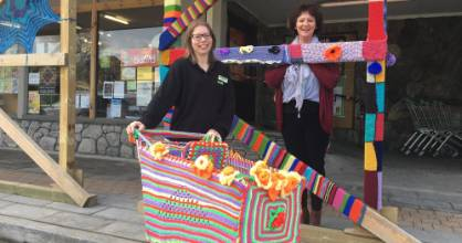 West End retailers Stephanie Thompson and Jacqui Harnett are behind Kaikoura's yarn-bombing project.