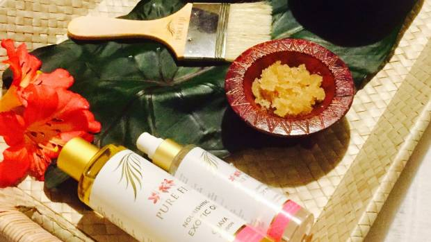 The ingredients for the 75-minute Pure Fiji Guava Anti-Aging Wrap.