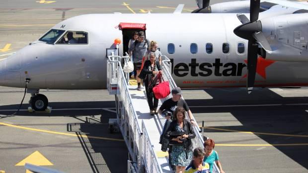 Passengers disembark the first Jetstar flight from Wellington to Nelson. (File photo)