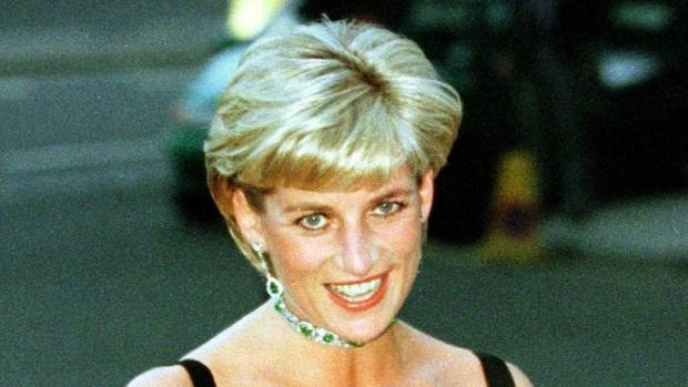 Prince Harry slams paparazzi for photos of dying Princess Diana