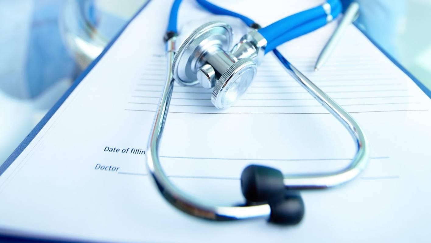 Examen el Enfermera pecho el lesbiana acaricia durante