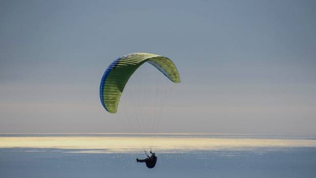 A parapenter descends from Barnicoat