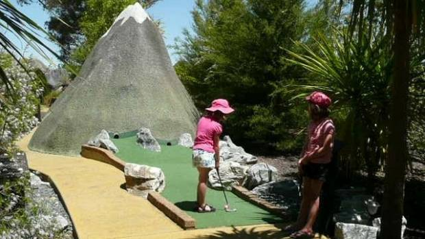 A busier orchard life and dwindling help has seen a Motueka family close their popular mini golf course.