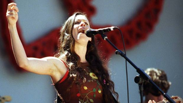 Alanis Morissette performs in 1998 during her Auckland show.