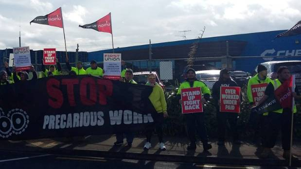 Workers from an Auckland Foodstuffs distribution centre are striking for seven days.