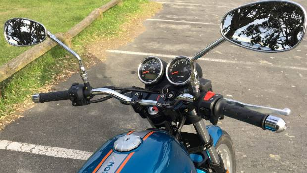 New handlebar falls readily to hand, mirrors positioned wider, digital screens offer more rider info.