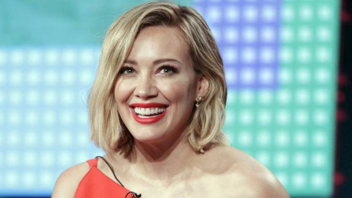 Hilary Duff Confirms 'Conversations' About a 'Lizzie McGuire' Revival!