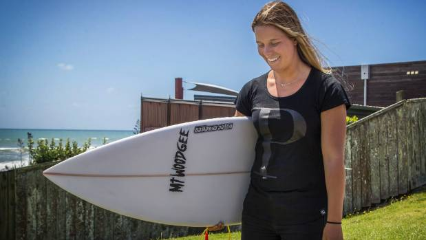 Paige Hareb has reached the business end in her bid for requalification to the World Surf League Championship Tour.