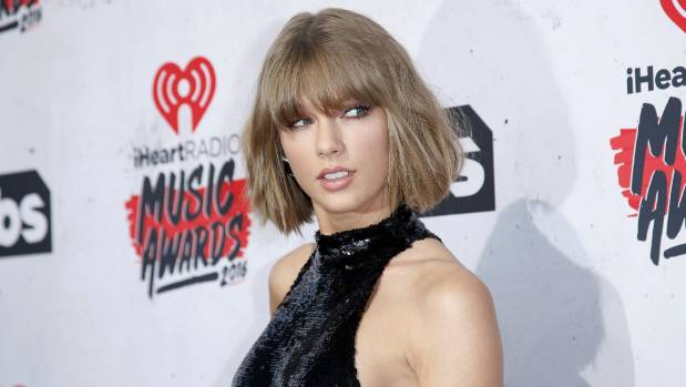 Taylor Swift on DJ allegations: 'It was a definite grab'