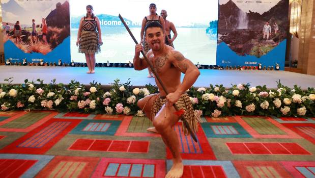 Kapa Haka and stunning scenery combine to sell the tourism message to the Chinese travel industry at a Kia Ora South ...