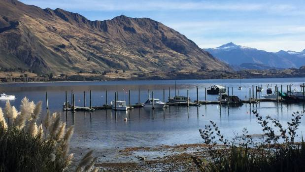 Lake Wanaka has been invaded by an alien organism responsible for lake snot.