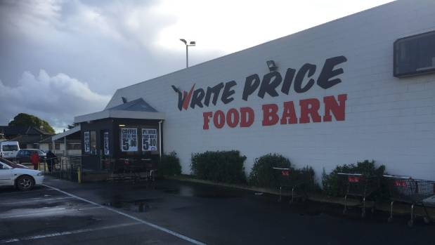 Feildings Write Price Supermarket to close with arrival of new New World.