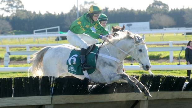 Stuart Higgins and Jackfrost on their way to victory at Riccarton.