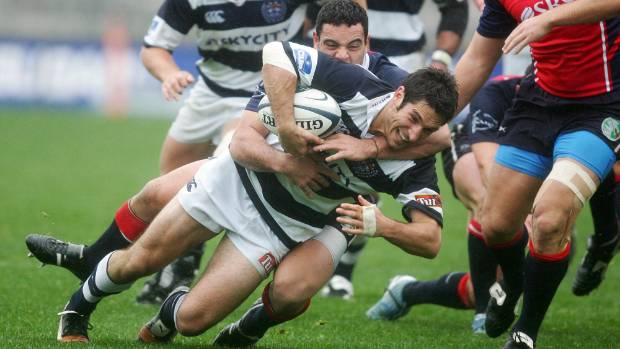 Chris Mahony (being tackled) previously played for Auckland in the Air New Zealand Cup.