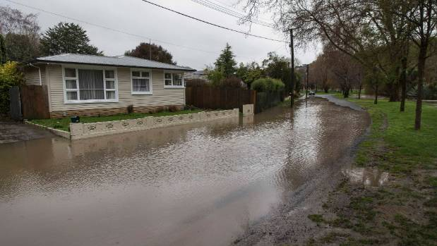 Surface flooding on Eastern Terrace, Christchurch.