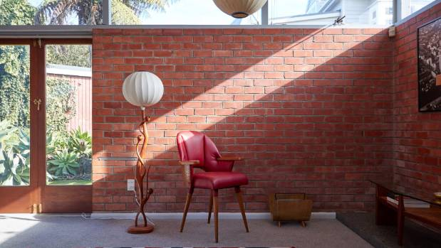 Mid-century makeovers reference history, but don\'t re-create it ...