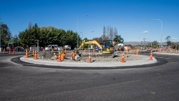 The Spring Creek roundabout has taken shape this week, with traffic taking to the $4.3 million intersection.