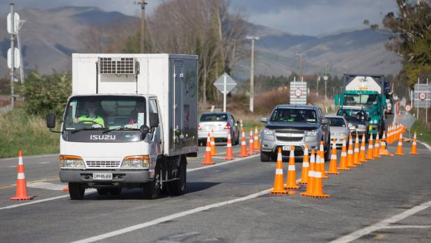 Traffic slows to 30kmh along State Highway 1 as it nears the roadworks. (File photo)